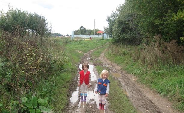 В Ленинском районе дети утопают в грязи