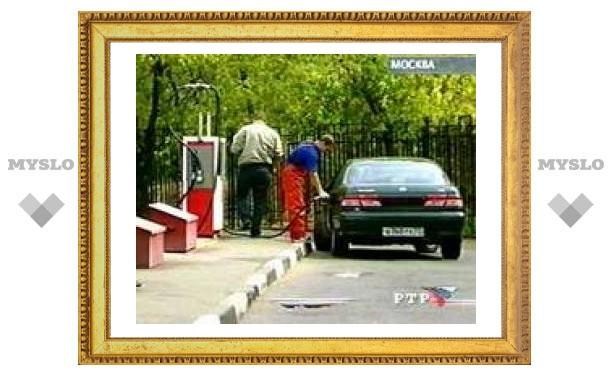 ФАС выяснит причину подорожания бензина