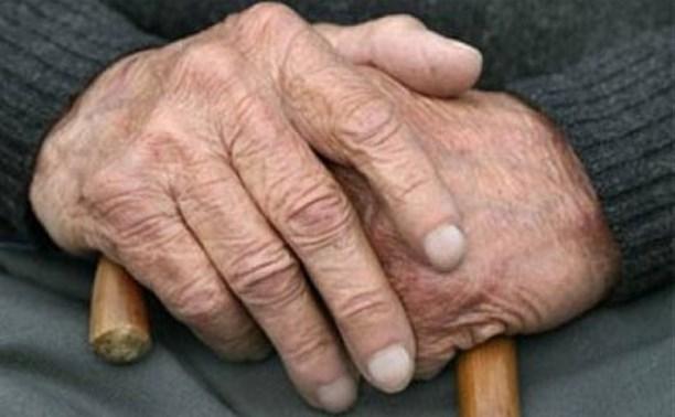 В Тульской области пенсионер украл у соседки ламинат