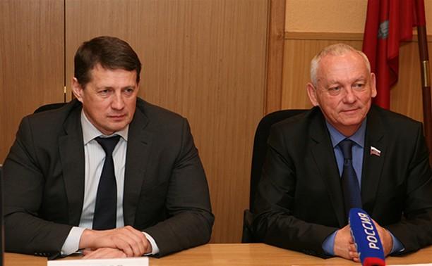 Евгений Авилов и Александр Прокопук поздравили жителей Тулы с праздником