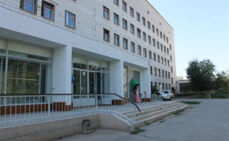 Туляки: «В Ленинской больнице зараженные COVID-19 врачи продолжают работать»