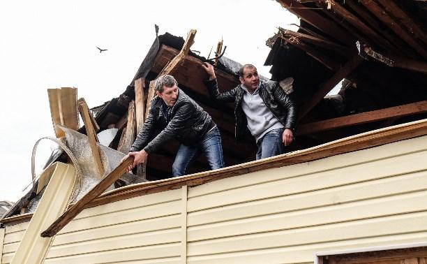 Цыгане сносят незаконные постройки в поселке Плеханово