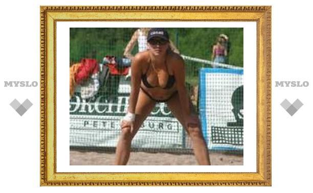 День России Тула встретила пляжным волейболом