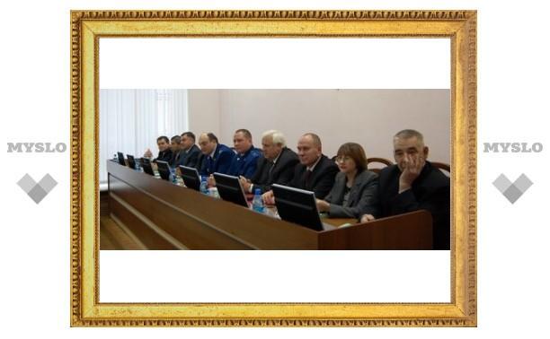 В Туле поздравляют прокуроров