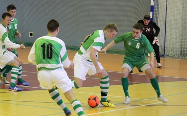 Школьники Тульской области определяют чемпиона по мини-футболу