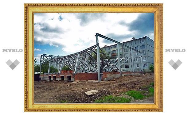 В Ефремове будущий торговый центр рухнул на депутата-владельца