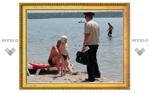 Чиновники и милиция проводят рейды по пляжам