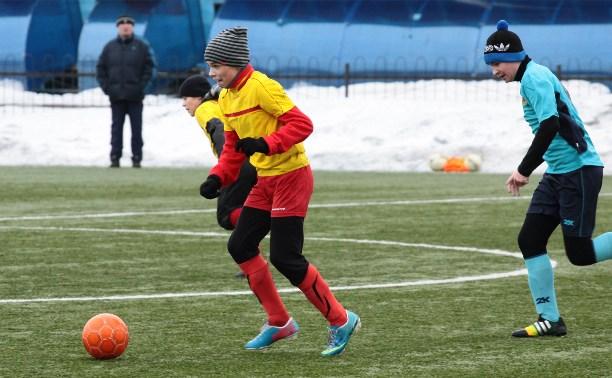 В Новомосковске состоялись первые игры турнира «Русская зима-2015»