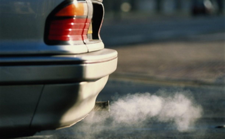 В Донском мужчина отравился выхлопными газами своего автомобиля