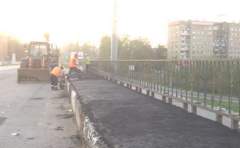 Опасную яму на Пролетарском мосту залатают 11 мая