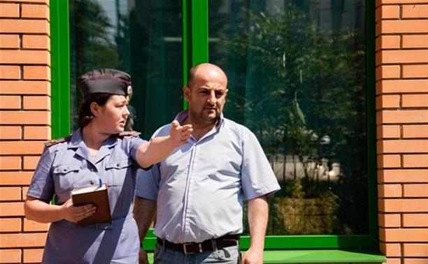 Депутаты предлагают разрешить курение на вокзалах и в аэропортах