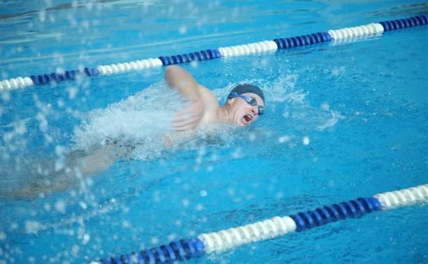 В Туле выбрали лучших пловцов среди полицейских