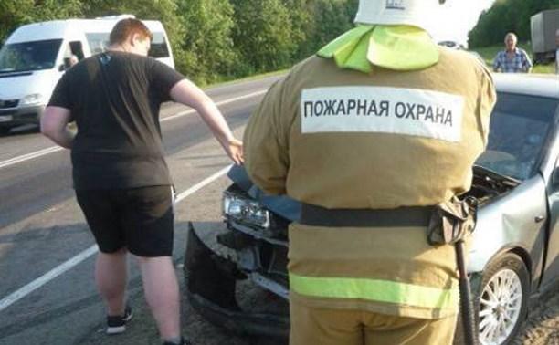 В Тульской области столкнулись четыре автомобиля
