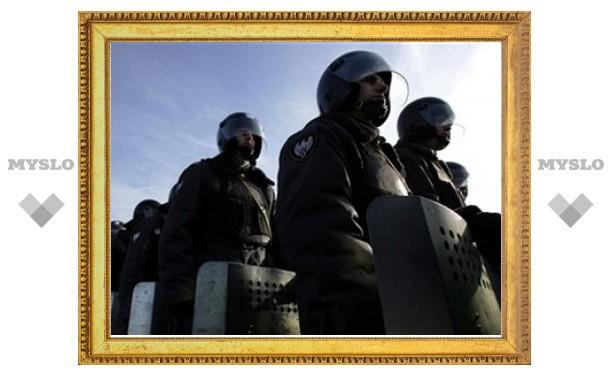 Алтайский ОМОН разогнал пытавшихся перекрыть трассу рабочих