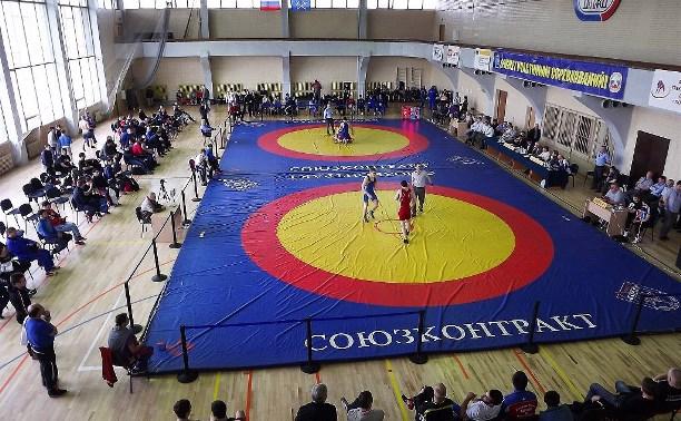 Двое туляков стали бронзовыми призёрами чемпионата ЦФО по греко-римской борьбе