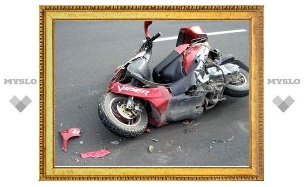 В Туле очередная авария с участием скутера