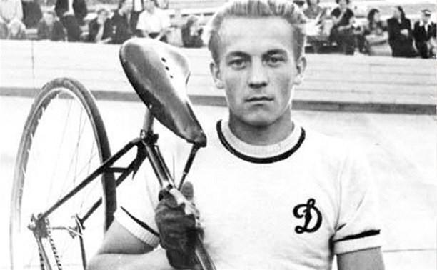 Скончался знаменитый тульский велогонщик Эдуард Гусев
