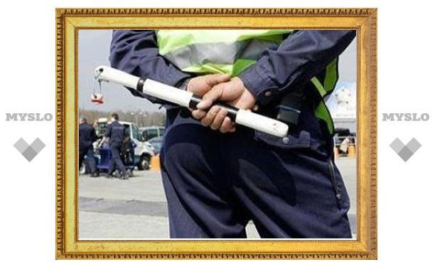В Туле сотрудники УТСиДХ незаконно пользовались жезлами гаишников