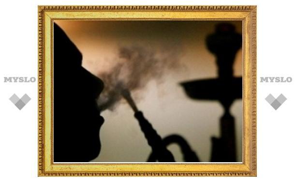 В Госдуму внесли законопроект о запрете курения кальяна