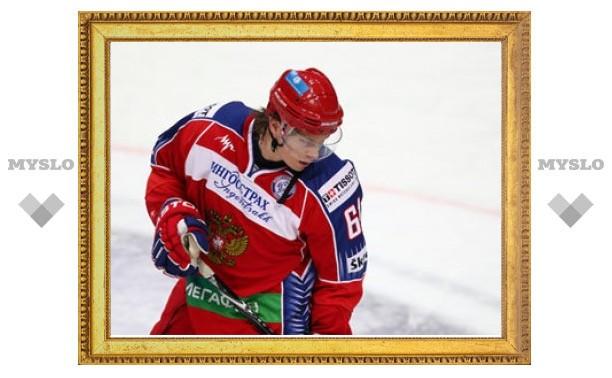 Хоккеист сборной Швеции укусил Максима Афиногенова