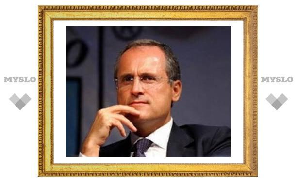 """Президент итальянского футбольного клуба """"Лацио"""" получил два года тюрьмы"""