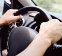Водителям старше 75 лет предлагается вешать на машину предупреждающие знаки