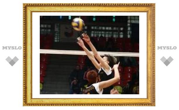 Тульские волейболистки начали тур с победы