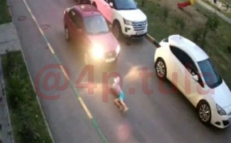 Момент наезда на 8-летнего мальчика в Туле попал на видео