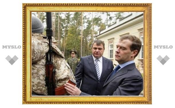 Российским военным вернут погоны на плечи