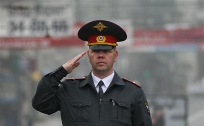 За оскорбление полицейского москвич заплатит 30 тысяч рублей