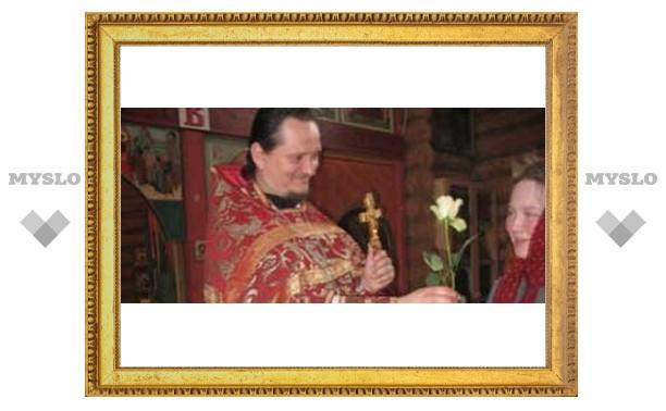 На Троицу надо украсить дом цветами