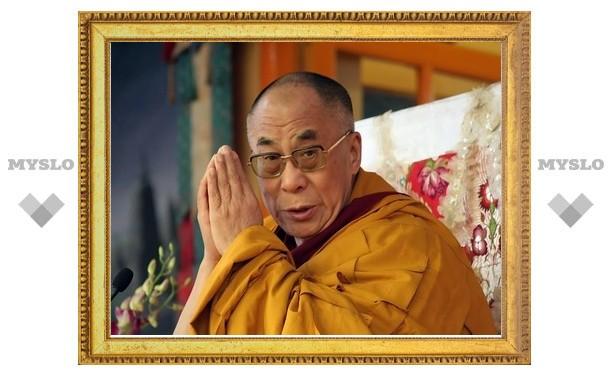 Сенаторы из буддийских регионов России просят выдать въездную визу Далай-ламе