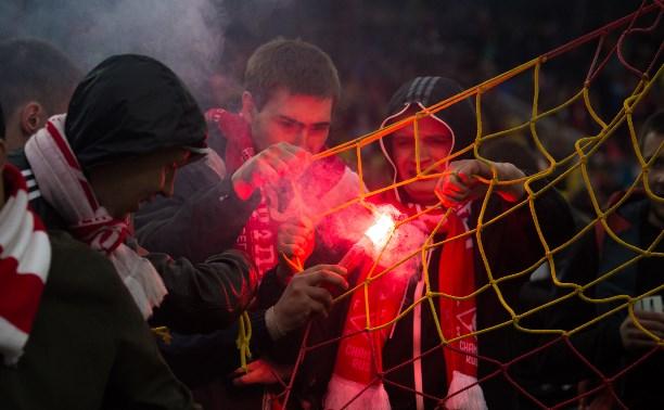 Фанаты «Спартака» сломали систему подогрева поля «Арсенала»