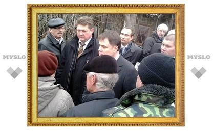 Жители Кимовска атаковали губернатора вопросами