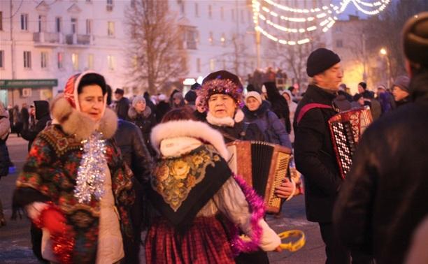 Новомосковцы «зажгли» на открытии городской елки