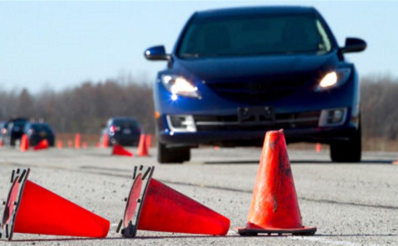 В Тульской области пьяный инструктор обучал ученика вождению