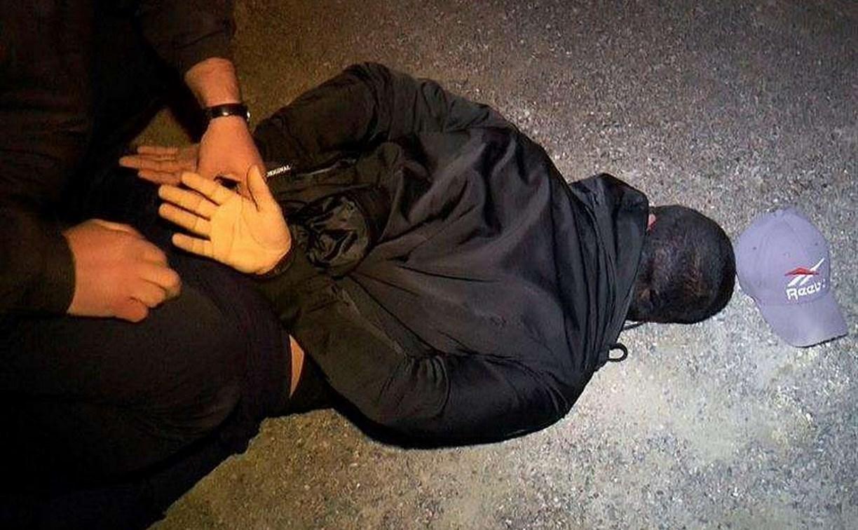 В Новомосковске полиция задержала наркомана из-за его подозрительного поведения