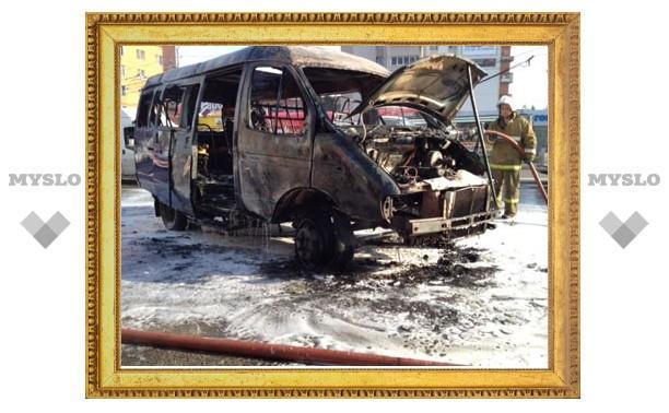 В Туле вспыхнула пассажирская ГАЗель