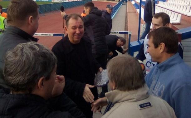Тульские спортивные журналисты поздравили экс-тренера «Арсенала» с успешным дебютом
