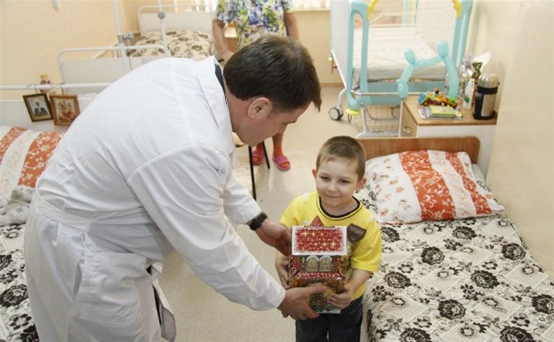 Губернатор Владимир Груздев: Наши женщины стали рожать чаще!
