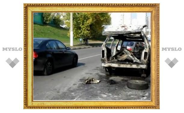 В Москве поймали двух поджигателей машин