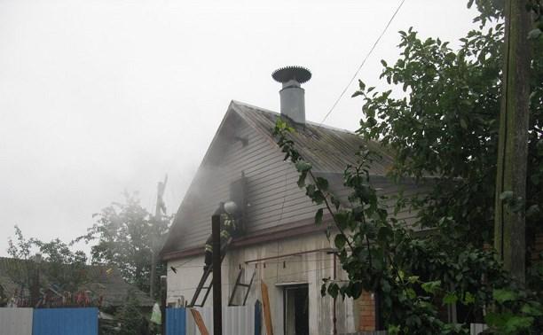 Утром в Богородицке загорелся жилой дом