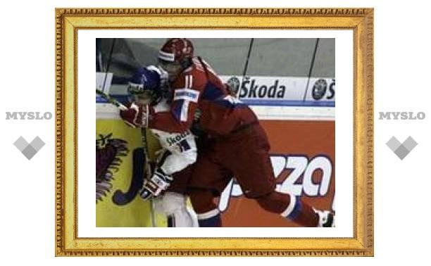 Российские хоккеисты вышли в полуфинал