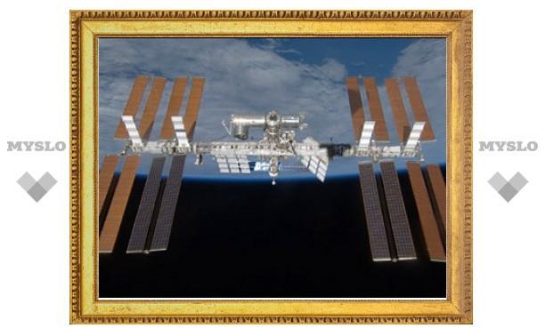 Российские космонавты вернулись на МКС с опозданием