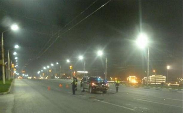 На ул. Октябрьской в Туле под колесами внедорожника погиб мужчина
