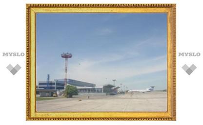 В аэропорту Минвод самолет приземлился на строящуюся полосу