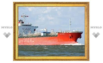 У сомалийских пиратов отбили южнокорейский танкер