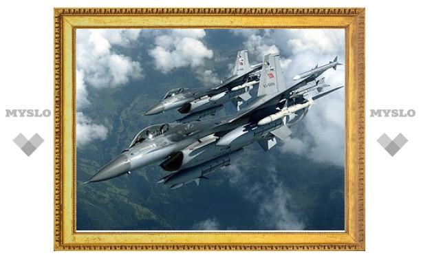 Турки подняли свои истребители на перехват израильских F-15