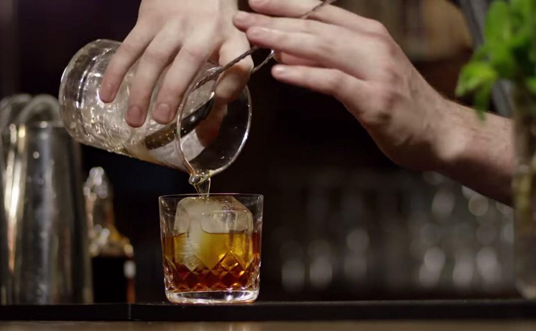 В Плавске бармен ограбил заведение, в котором работал