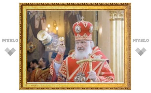 Патриарх Кирилл совершил Божественную литургию в Свято-Георгиевском храме на Поклонной горе